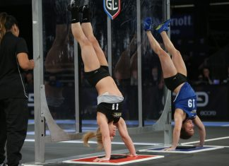 Ashley Beaver and Kelly Wild on the handstand push-ups