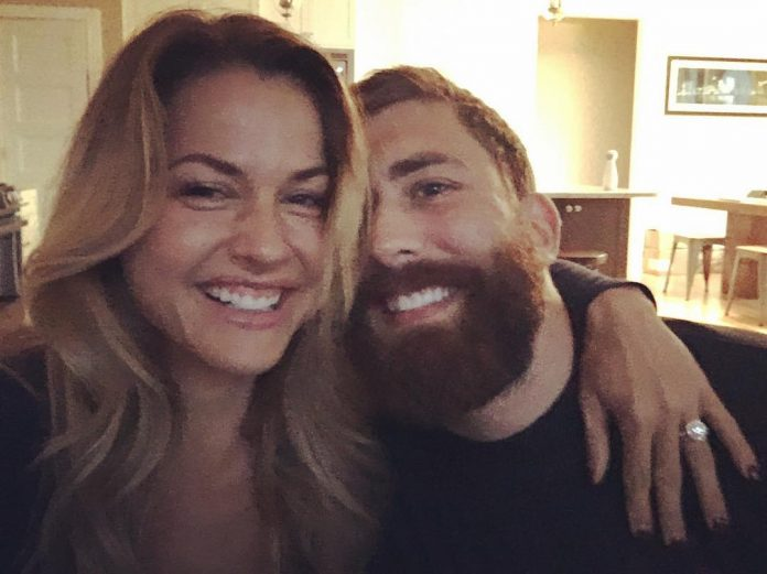 Christmas Abbott Married.Christmas Abbott Is Engaged To Geoff Kercher The Barbell Spin