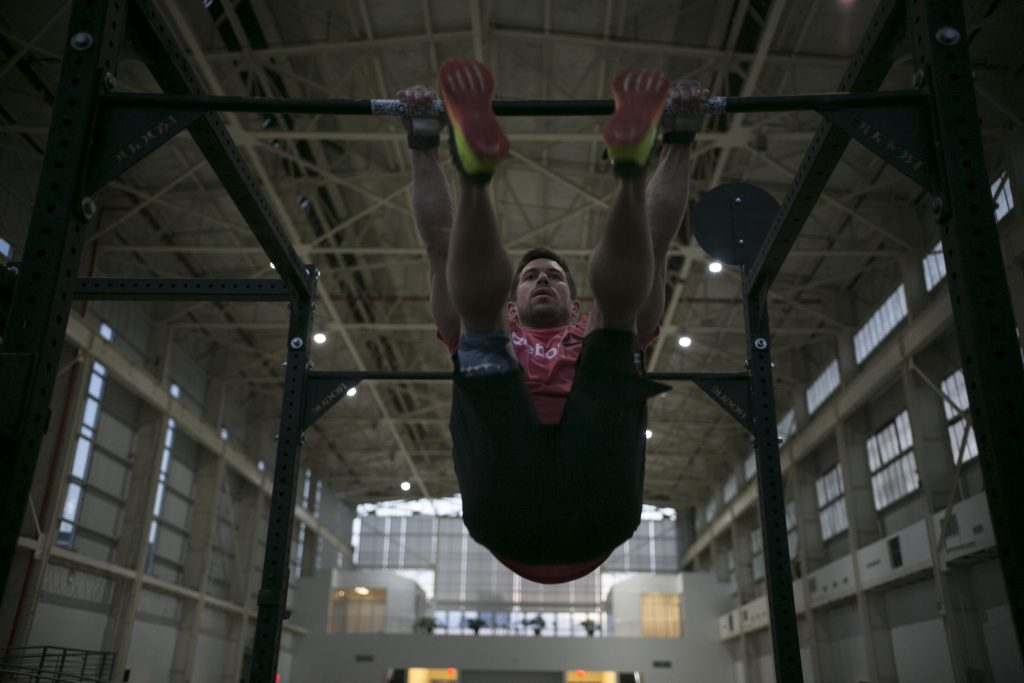 Reebok's Dan Bailey attempts Guinness World Record for most toes-to-bar in three minutes