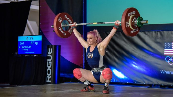 Cortney Batchelor breaks American Record (photo by Lifting Life)