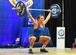 Kelly (Breanne) Dykes at 2016 USAW National Under 25 Championships in New Orleans, LA - photo: Lifting Life