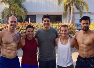 2017 CrossFit Invitational Demo Team with Dave Castro. @jamiejoyce2/Instagram