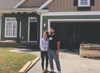 Mat Fraser and Sammy Moniz officially moved to Cookeville, Tennessee. @sammymoniz/Instagram