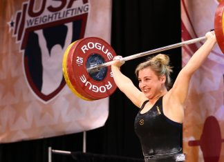 Kate Vibert sets two new Junior American Records at the 2018 USAW National Championships. Photo courtesy of Lifting Life.