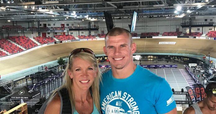 Josh Miller and his wife, Jamie. Photo via Instagram/@jmiller858