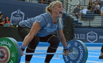 Sara Sigmundsdottir at the Dubai CrossFit Championship.